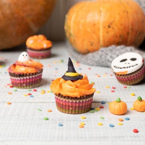 Halloween Cupcake Decorating